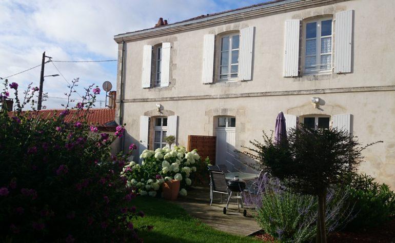 Location grand gîte communal Grosbreuil